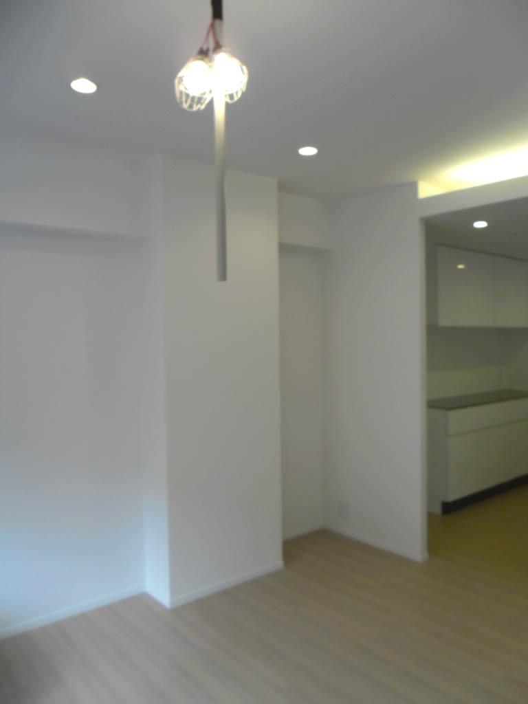 白いマンションを少し変える仕事_f0171785_155986.jpg