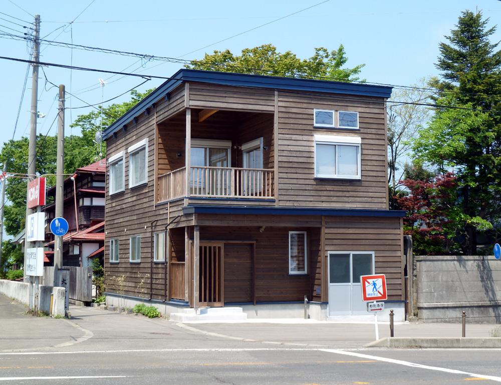 N邸「畠町の家」青空と外観_f0150893_20474362.jpg