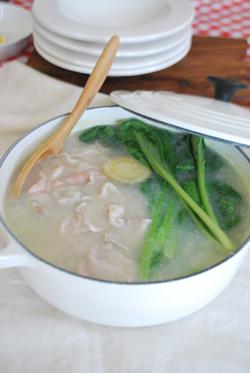 ラプティ特製たれでいただく 小松菜と豚肉の囲み鍋_b0150295_15433749.jpg