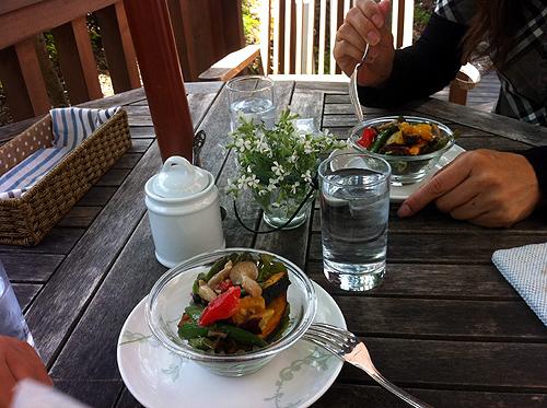 新緑の軽井沢へカフェcafe Le Petit Nid 3_f0235227_22545318.jpg