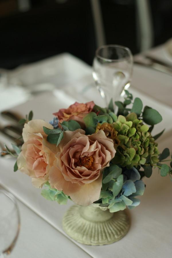 初夏の紅茶とブルーの装花 アンカシェット様へ_a0042928_2214019.jpg