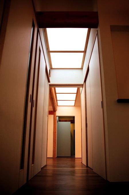 「聖蹟桜ヶ丘の家」アプローチ・玄関・居間_f0230666_13273831.jpg