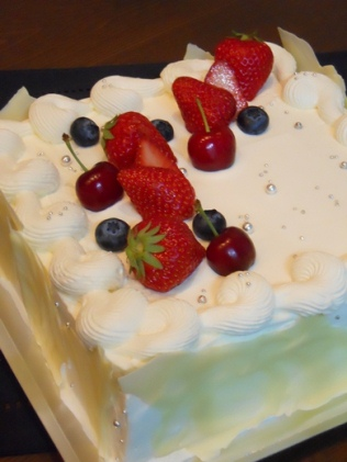 幸せを願うケーキ_b0197225_1851625.jpg