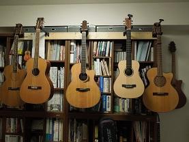 ギターハンガーの修理_f0045667_9185763.jpg