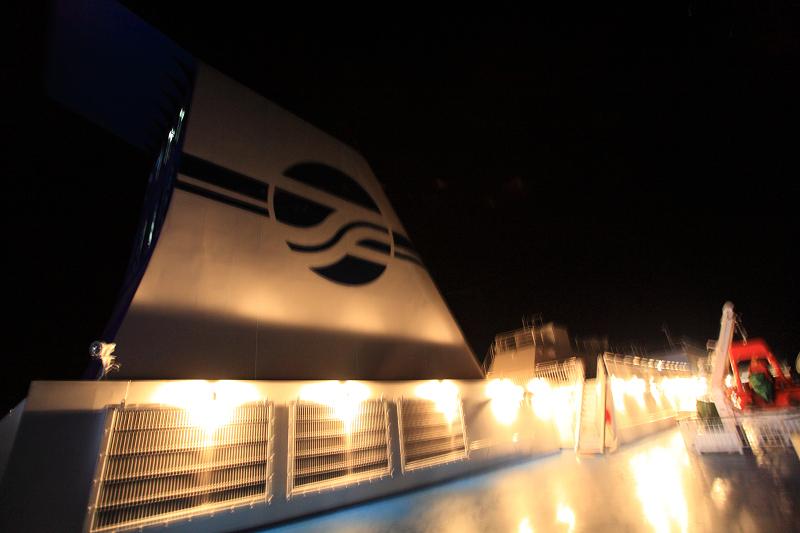 いしかり2度目の航海 特等室で快適 ラウンジでは童謡唱歌も_a0160581_18531334.jpg