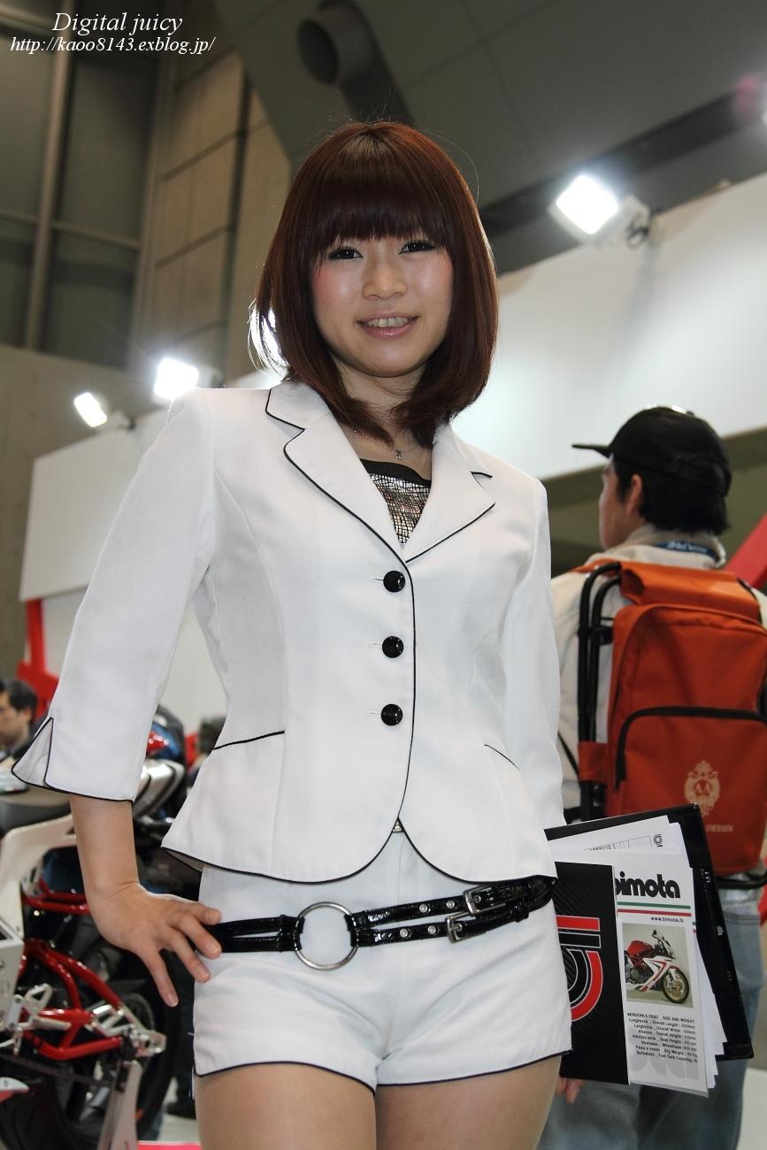 神山千明 さん(株式会社福田モーター商会 ブース)_c0216181_1914593.jpg