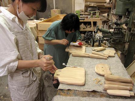 木工初心者コース「こねこ椅子組み立て」_e0072513_1017414.jpg