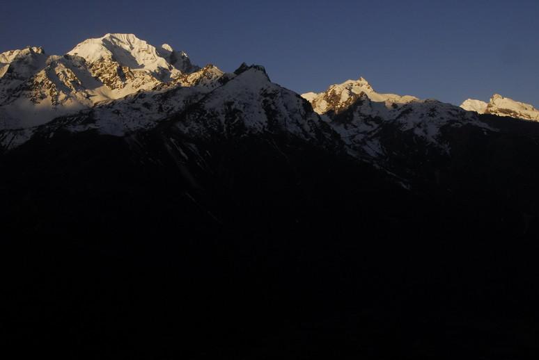 2012年5月 I Love Nepal. ネパールヒマラヤ再訪記(ランタン谷トレッキング)No.1_c0219616_21124282.jpg