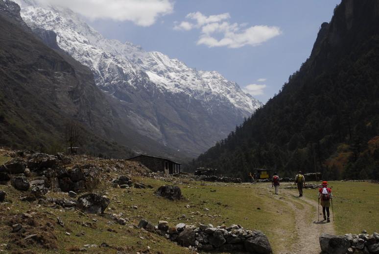 2012年5月 I Love Nepal. ネパールヒマラヤ再訪記(ランタン谷トレッキング)No.1_c0219616_2142734.jpg