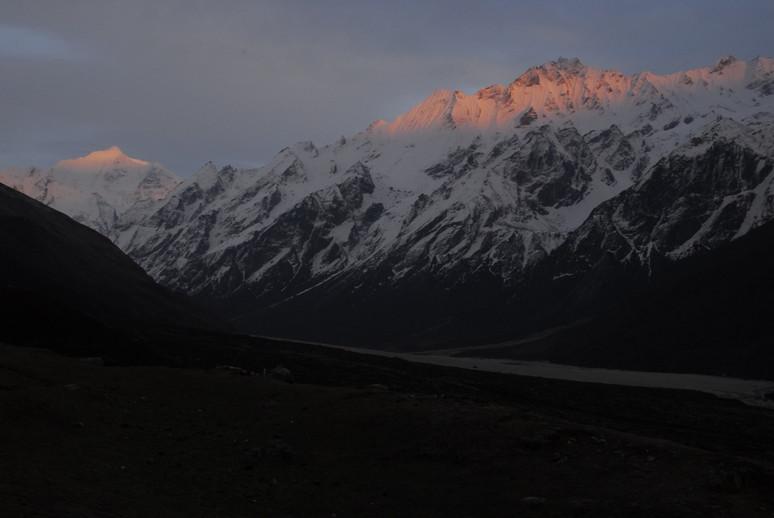 2012年5月 I Love Nepal. ネパールヒマラヤ再訪記(ランタン谷トレッキング)No.1_c0219616_2192958.jpg