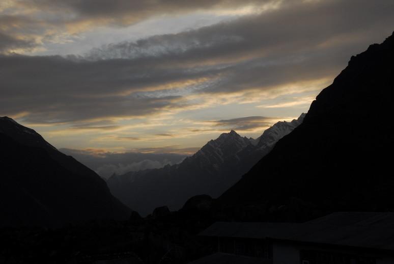 2012年5月 I Love Nepal. ネパールヒマラヤ再訪記(ランタン谷トレッキング)No.1_c0219616_219518.jpg