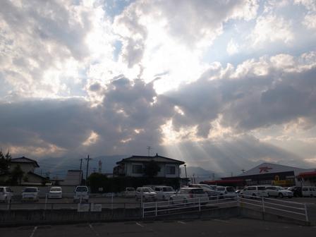 雷と雨と_a0014840_21383939.jpg