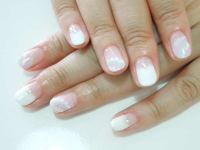 Pickup Nail~White_a0239065_16565119.jpg