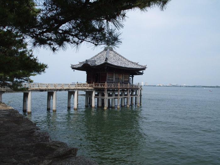 琵琶湖と浮御堂_a0258686_19563837.jpg