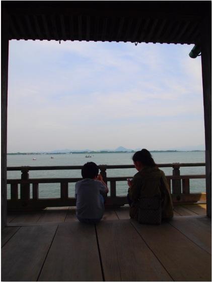 琵琶湖と浮御堂_a0258686_2073222.jpg