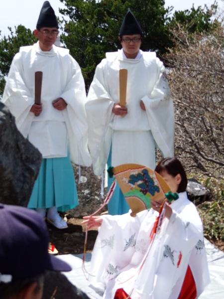 高峯神社例大祭_e0120896_6435097.jpg