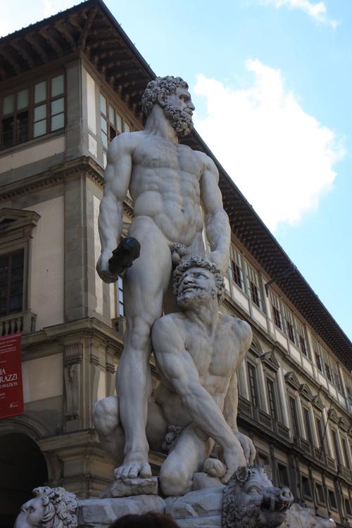イタリア紀行  DIECHI  そして、ウフィッツイへ_a0194908_1730364.jpg