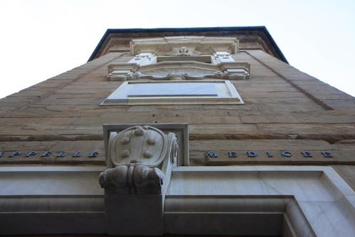 イタリア紀行  NOVE  中央市場、メジチ家礼拝堂、ポンテベッキオ_a0194908_955177.jpg