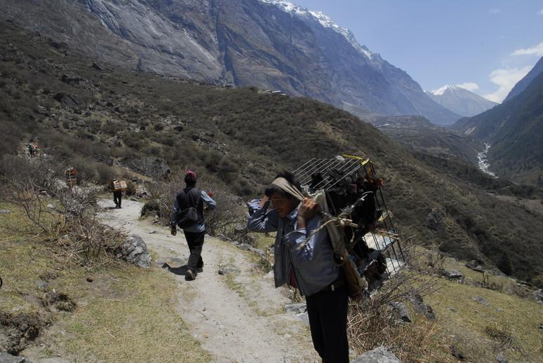 2012年5月 I Love Nepal. ネパールヒマラヤ再訪記(ランタン谷トレッキング)No.2_c0219616_2140352.jpg