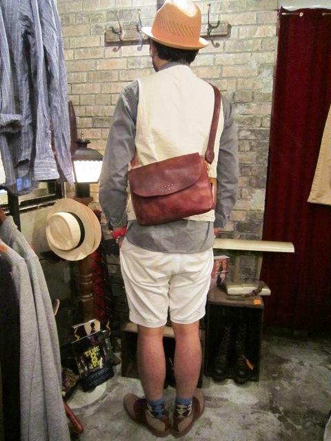 "SLOW \""dyes  waist bag\"" ご紹介_f0191324_9475718.jpg"