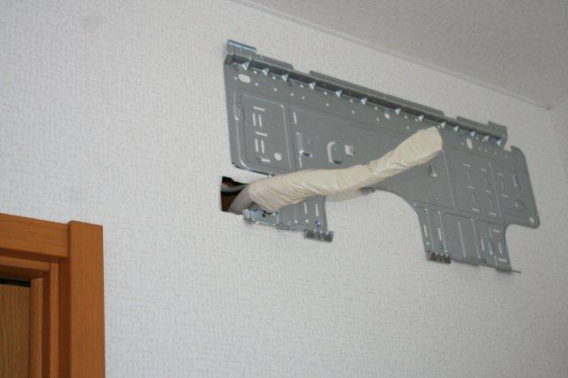 2室マルチエアコンの入替(東京都世田谷区)_e0207151_19294827.jpg