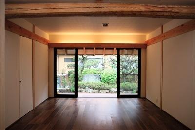 「聖蹟桜ヶ丘の家」雪見障子_f0230666_9321227.jpg