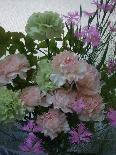 オークリーフ(母の日に贈る花束)_f0049672_1623222.jpg