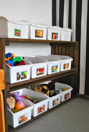 おもちゃの片づけはラべリングできまり!1ジャンル1ボックス収納なら、子どもたちもわかりやすい!