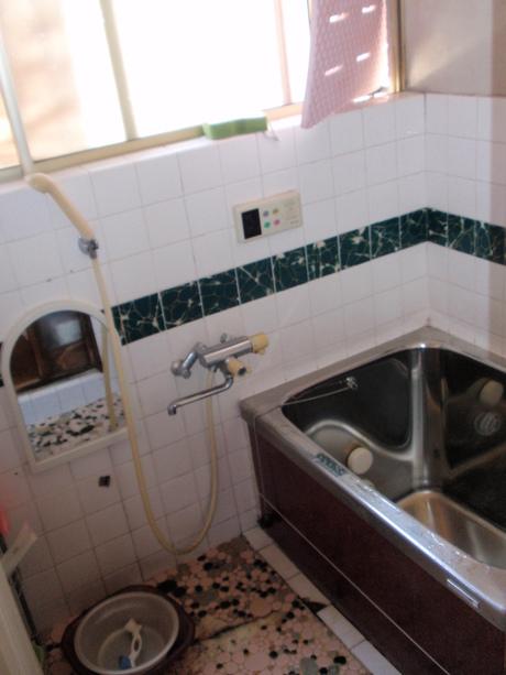 浴室(TOTO サザナ) 越谷 K様邸 ④_a0229594_132227.jpg