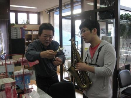 新しい楽器_b0094826_18422522.jpg