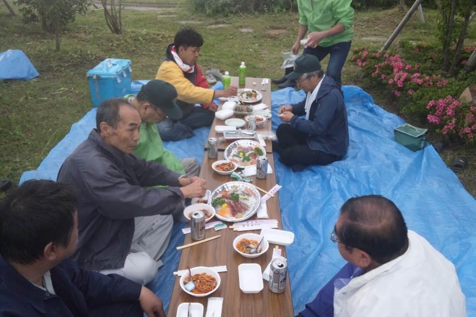 大河津分水の公園の草刈り_b0237229_812155.jpg