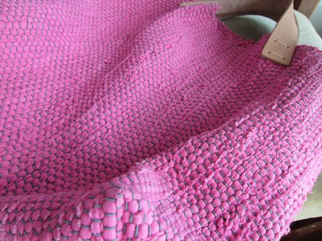 ピンクの裂き織りバッグ。_b0207631_10293523.jpg