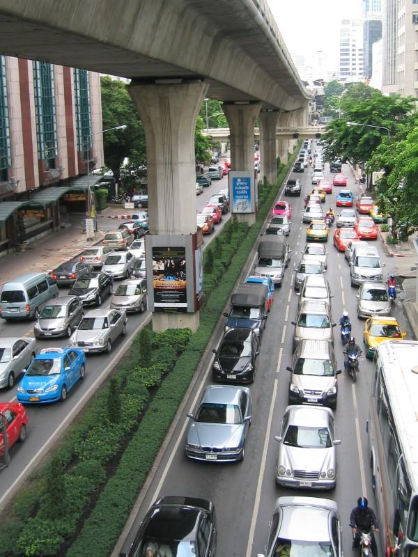 Many many car           ~ いっぱい過ぎる車_d0103566_891854.jpg