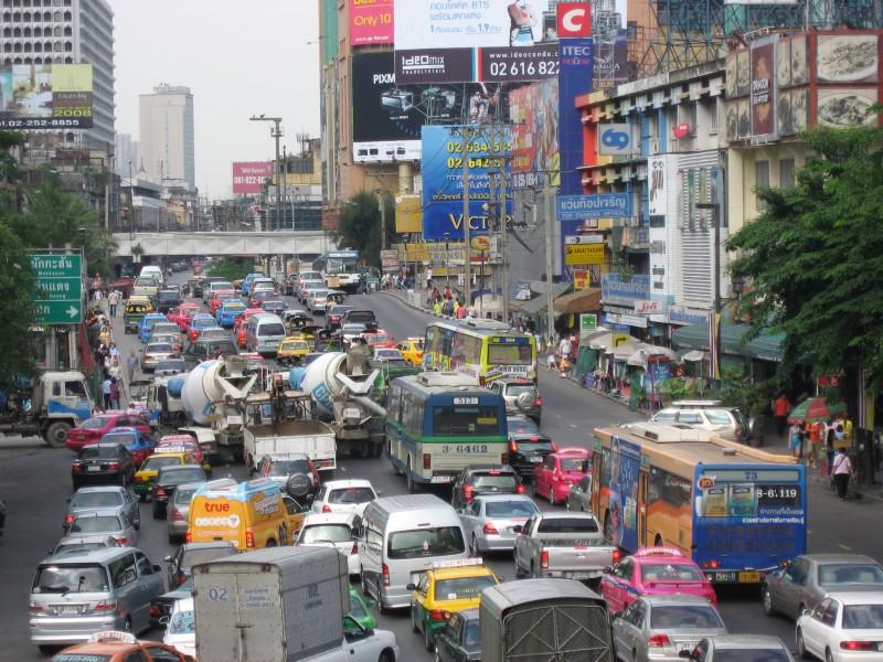 Many many car           ~ いっぱい過ぎる車_d0103566_894269.jpg