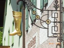 Mittenwald フレスコ画が鮮やかな町ミッテンヴァルト_e0195766_5273575.jpg