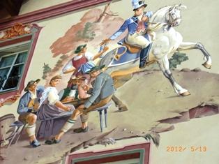 Mittenwald フレスコ画が鮮やかな町ミッテンヴァルト_e0195766_537284.jpg