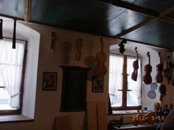 Mittenwald バイオリンのふるさと ミッテンヴァルト_e0195766_6383049.jpg