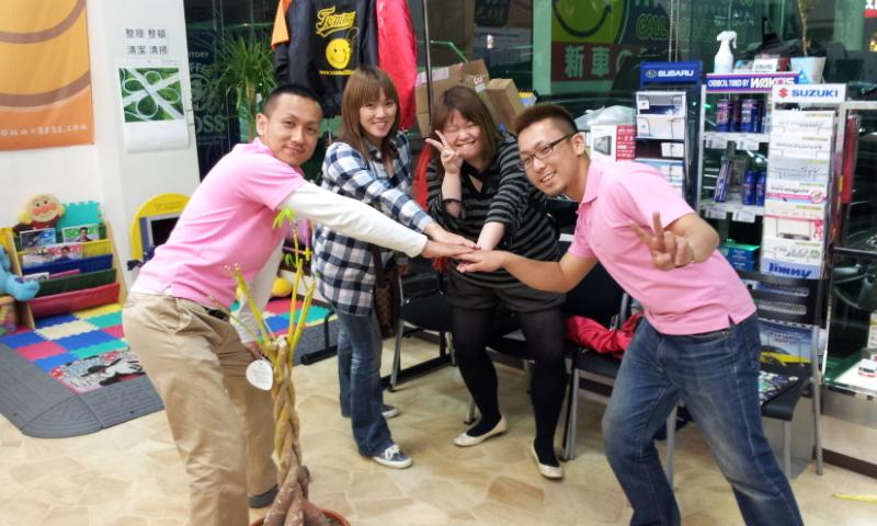 ランクル TOMMY札幌店☆5月27日!!_b0127002_0284019.jpg