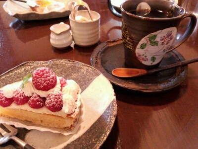 たまのケーキ…_b0157416_18522812.jpg