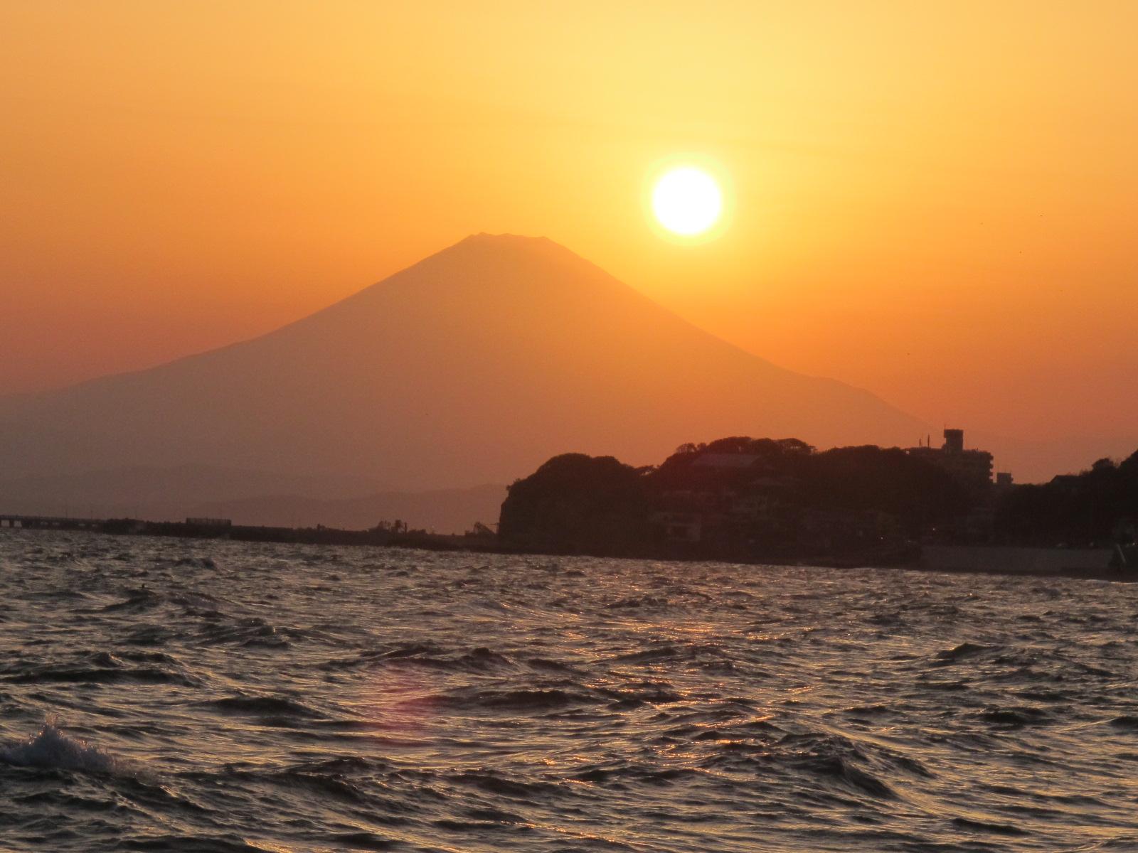 金色に耀く、ゴールデン富士・・・10_c0075701_2262828.jpg