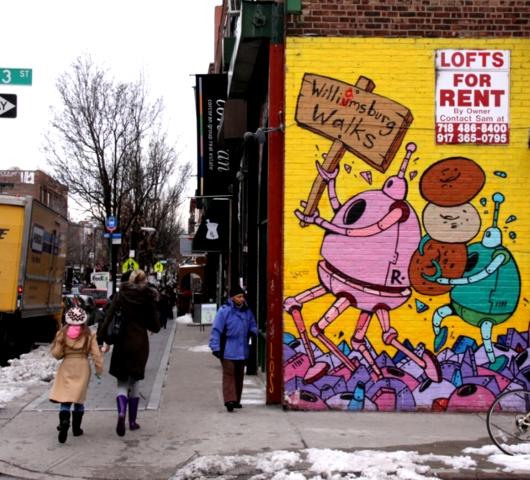 ニューヨークの壁に好きなだけ落書きができる本 Walls Notebook_b0007805_0274312.jpg