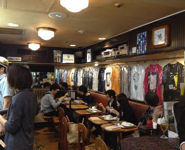 6月スタート!今月の展示はベルクオリジナルTシャツ展♪近日発売開始です♪_c0069047_2045737.jpg