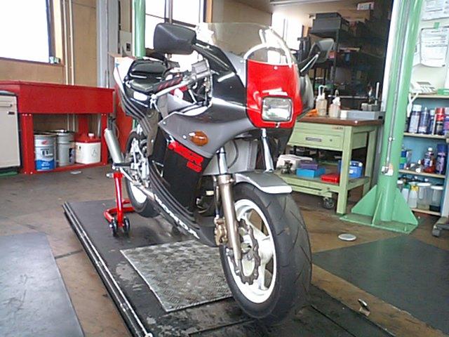 NSR50にバイクザシートインサイド??_e0114857_21153386.jpg