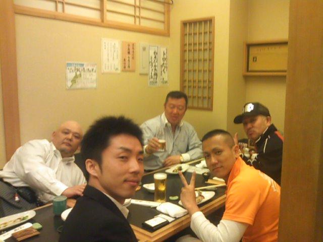 仲森さんと中嶋さんと工藤さんと阿部さんと会合(^^)_b0127002_20392771.jpg