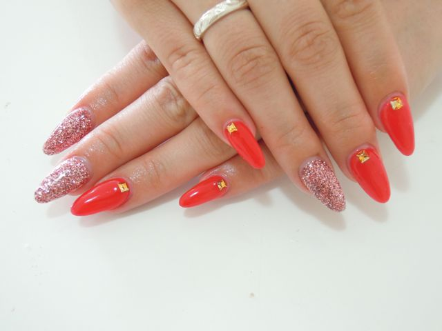 Red Pink Nail_a0239065_11514524.jpg