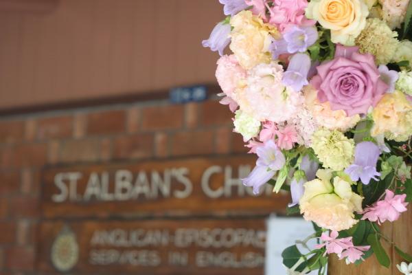 教会の装花 花で作るウエルカムボード 聖オルバン教会様へ_a0042928_17364449.jpg