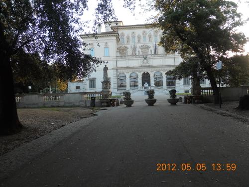 イタリア紀行 quindici  ローマを走る。_a0194908_9501917.jpg