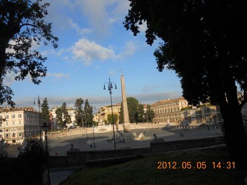 イタリア紀行 quindici  ローマを走る。_a0194908_9504110.jpg