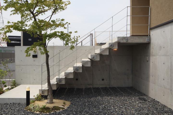 「平子山の家」の写真をHPにUPしました。_b0179213_19554110.jpg
