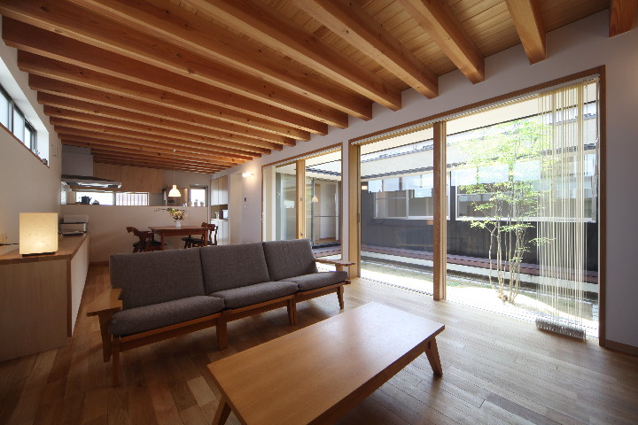 「平子山の家」の写真をHPにUPしました。_b0179213_19555134.jpg